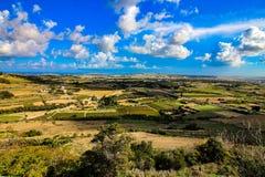 Τομείς και τοπίο της Μάλτας τον Οκτώβριο στοκ εικόνες με δικαίωμα ελεύθερης χρήσης
