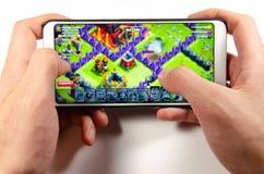 Τον Απρίλιο του 2019 Kramatorsk, Ουκρανία κινητά εφαρμογή και παιχνίδια στοκ εικόνες