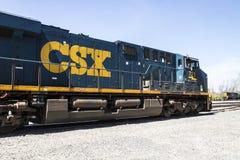 Τον Απρίλιο του 2017 του Λαφαγέτ - Circa: Κινητήριο τραίνο της CSX Η CSX ενεργοποιεί μια κατηγορία που πιέζω στις ΗΠΑ VI στοκ φωτογραφία