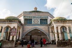 Τον Αύγουστο του 2017, Kashgar, Xingjiang, Κίνα: η διάσημη αγορά της Κυριακής Kashgar, ένας δημοφιλής προορισμός κατά μήκος του δ στοκ φωτογραφίες