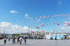 Τον Ιούλιο του 2018, Ιστανμπούλ, Τουρκία Προεκλογική εκστρατεία και εκλογή που κάνουν εκστρατεία σε ένα από τα τετράγωνα της Ιστα στοκ εικόνες