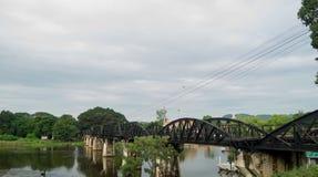 Τον Ιούλιο του 2017 της Ταϊλάνδης στρογγυλού ταξιδιού - γέφυρα στο Kwai Στοκ Φωτογραφία