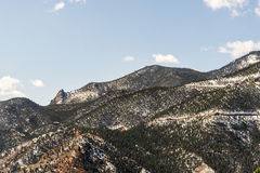 Τοπία βουνών από τη σπηλιά του δρόμου Colorado Springs ανέμων στοκ φωτογραφία με δικαίωμα ελεύθερης χρήσης