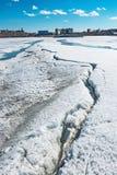 Τοπίο άνοιξη στο σιβηρικό ποταμό Δυτική Σιβηρία, Ρωσία στοκ εικόνα με δικαίωμα ελεύθερης χρήσης
