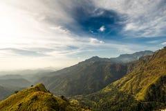 Τοπίο Άποψη από την αιχμή του μικρού Adam Σρι Λάνκα στοκ εικόνα