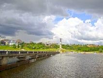 Τοπίο-άποψη πόλεων του κόλπου και του μνημείου ι στοκ εικόνες