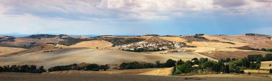 τοπίο αγροτική Τοσκάνη επ& στοκ φωτογραφία με δικαίωμα ελεύθερης χρήσης