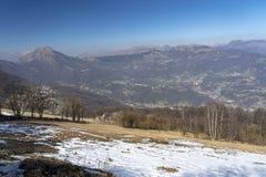 Τοπίο βουνών από Valcava, Λομβαρδία στοκ εικόνες με δικαίωμα ελεύθερης χρήσης