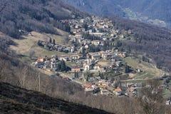 Τοπίο βουνών από Valcava, Λομβαρδία στοκ φωτογραφίες