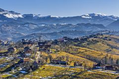 Τοπίο βουνών επαρχίας στοκ φωτογραφία