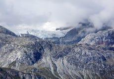 Τοπίο βουνών κόλπων παγετώνων Στοκ φωτογραφία με δικαίωμα ελεύθερης χρήσης