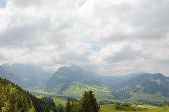 Τοπίο βουνών σε Appenzell Ελβετία Στοκ Εικόνες