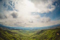 Τοπίο βουνών στη Γεωργία στοκ φωτογραφία με δικαίωμα ελεύθερης χρήσης