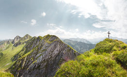 Τοπίο βουνών στις Άλπεις Στοκ εικόνα με δικαίωμα ελεύθερης χρήσης
