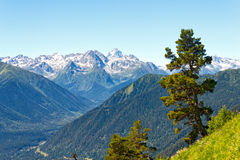 Τοπίο βουνών στον Καύκασο, Arkhyz, Ρωσία Στοκ φωτογραφία με δικαίωμα ελεύθερης χρήσης