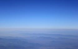 Τοπίο βουνών στο Βορρά της Ταϊλάνδης Στοκ Φωτογραφία