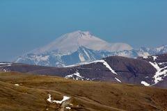 Τοπίο βουνών, χιονώδεις αιχμές, Arkhyz, καυκάσια βουνά, Ρωσία Στοκ φωτογραφίες με δικαίωμα ελεύθερης χρήσης