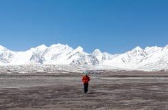 Τοπίο βουνών Himalayan στο δυτικό Θιβέτ Στοκ Φωτογραφία