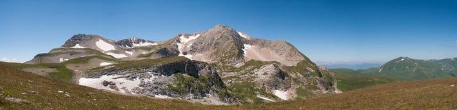 Τοπίο βουνών Oshten, άποψη από την ανατολή Στοκ εικόνες με δικαίωμα ελεύθερης χρήσης