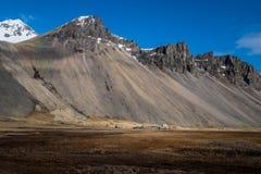 Τοπίο βουνών Vesturhorn σημείο της Ισλανδίας Στοκ εικόνα με δικαίωμα ελεύθερης χρήσης