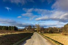 Τοπίο επαρχίας φθινοπώρου στο θυελλώδη καιρό Στοκ Εικόνα