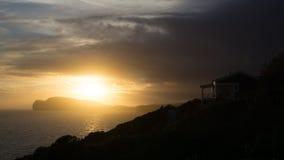 Τοπίο ηλιοβασιλέματος του πεζουλιού σπιτιών σε Terceira, Αζόρες Στοκ εικόνες με δικαίωμα ελεύθερης χρήσης