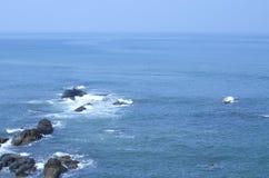Τοπίο θάλασσας με τους διαχειριστές στοκ φωτογραφία