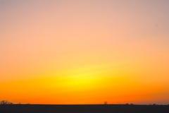 τοπίο θερινού ηλιοβασιλέματος φανταστικό στοκ φωτογραφία με δικαίωμα ελεύθερης χρήσης