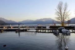 Τοπίο λιμνών μαρινών και του Annecy στη Γαλλία Στοκ Φωτογραφίες