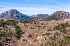 τοπίο και ουρανός βουνών στοκ φωτογραφία