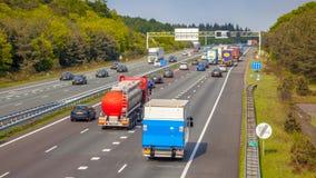 Τοπίο κυκλοφορίας αυτοκινητόδρομων άνωθεν Στοκ Εικόνα