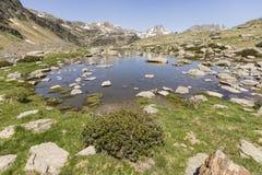 Τοπίο με μια λίμνη στην περιοχή Ordina Arcalis στη Ανδόρα Στοκ Εικόνες