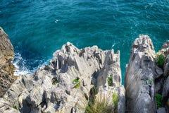τοπίο με την ωκεάνια ακτή στις αστουρίες, Ισπανία Στοκ Φωτογραφία