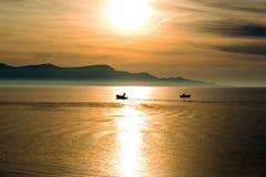 Τοπίο με τις βάρκες και τη θάλασσα Στοκ φωτογραφία με δικαίωμα ελεύθερης χρήσης
