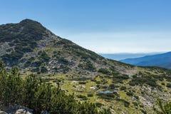 Τοπίο με τις λίμνες Chairski, βουνό Pirin, Βουλγαρία στοκ φωτογραφία με δικαίωμα ελεύθερης χρήσης