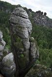 Τοπίο με τον ορεινό όγκο βράχου Στοκ φωτογραφίες με δικαίωμα ελεύθερης χρήσης
