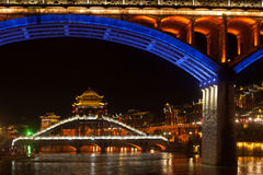 Τοπίο νύχτας της κωμόπολης του Phoenix (αρχαία πόλη Fenghuang) Στοκ φωτογραφία με δικαίωμα ελεύθερης χρήσης