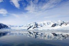Τοπίο, παγόβουνα, βουνά και ωκεανός της Ανταρκτικής Στοκ Εικόνες