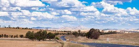Τοπίο πανοράματος του αυστραλιανού δρόμου εσωτερικών στοκ φωτογραφίες με δικαίωμα ελεύθερης χρήσης
