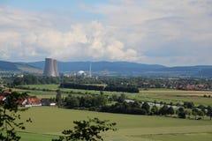 Τοπίο στο πυρηνικό σταθμό Grohnde Στοκ φωτογραφία με δικαίωμα ελεύθερης χρήσης