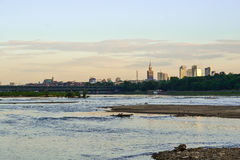 Τοπίο της Βαρσοβίας σε έναν ποταμό Στοκ Εικόνες