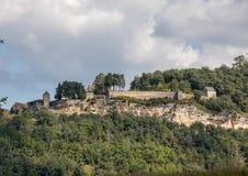Τοπίο της κοιλάδας ποταμών Dordogne μεταξύ του Λα roque-Gageac και Castelnaud, Aquitaine στοκ εικόνες