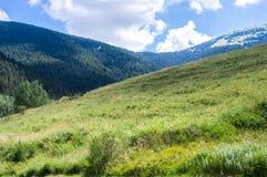 Τοπίο της κορυφογραμμής βουνών Στοκ φωτογραφία με δικαίωμα ελεύθερης χρήσης