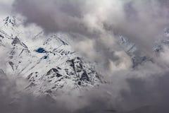 """Τοπίο Ï""""Î¿Ï… βουνού στο οροπέδιο Qinghai, Κίνα στοκ φωτογραφία"""