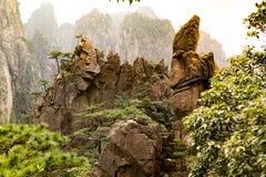 Τοπίο του κίτρινου βουνού βουνών Huangshan, Anhui, Κίνα με τη σκηνή ηλιοβασιλέματος Στοκ φωτογραφίες με δικαίωμα ελεύθερης χρήσης