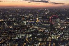 Τοπίο του Λονδίνου τη νύχτα Στοκ εικόνα με δικαίωμα ελεύθερης χρήσης