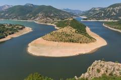 Τοπίο του μαιάνδρου ποταμών Arda και της δεξαμενής Kardzhali, Βουλγαρία Στοκ φωτογραφία με δικαίωμα ελεύθερης χρήσης