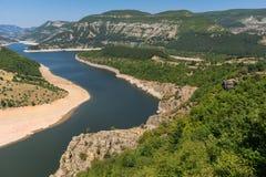 Τοπίο του μαιάνδρου ποταμών Arda και της δεξαμενής Kardzhali, Βουλγαρία Στοκ εικόνα με δικαίωμα ελεύθερης χρήσης