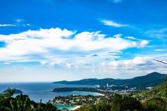 Τοπίο του σημείου άποψης Phuket, παραλία Karon, παραλία Kata, ληφθε'ν φ Στοκ Εικόνα