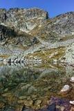 Τοπίο των λιμνών Elenski κοντά στην αιχμή Malyovitsa, βουνό Rila Στοκ φωτογραφία με δικαίωμα ελεύθερης χρήσης